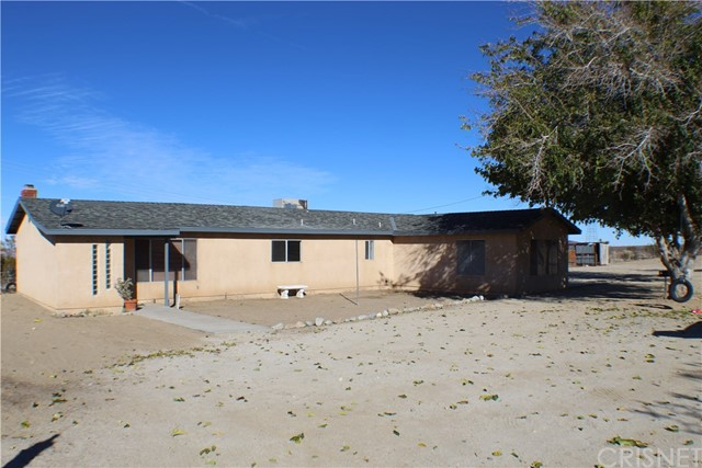 34620 165th Street E, Llano, CA 93544