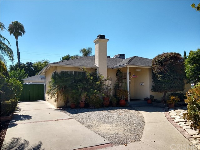 6911 Garden Grove Avenue, Reseda, CA 91335