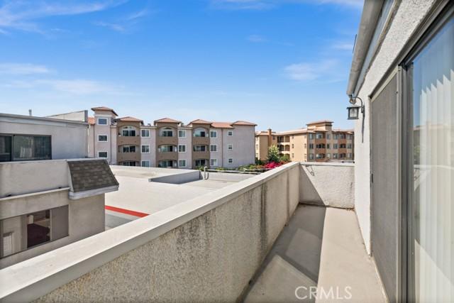 Balcony - West View