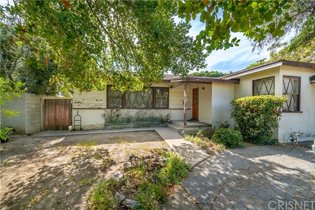16200 Moorpark Street, Encino, CA 91436