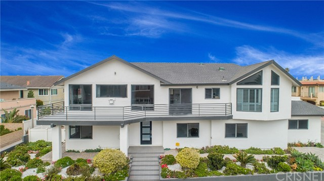860 Mandalay Beach Road, Oxnard, CA 93035
