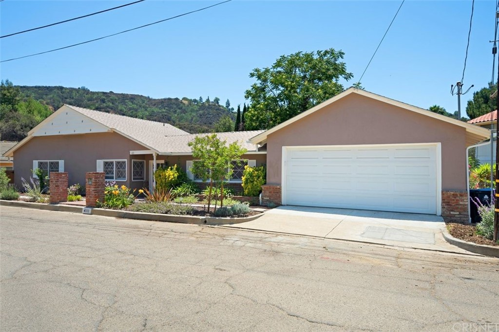 4111     Saltillo Street, Woodland Hills CA 91364