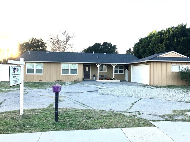 8535 Hayvenhurst Avenue, North Hills, CA 91343