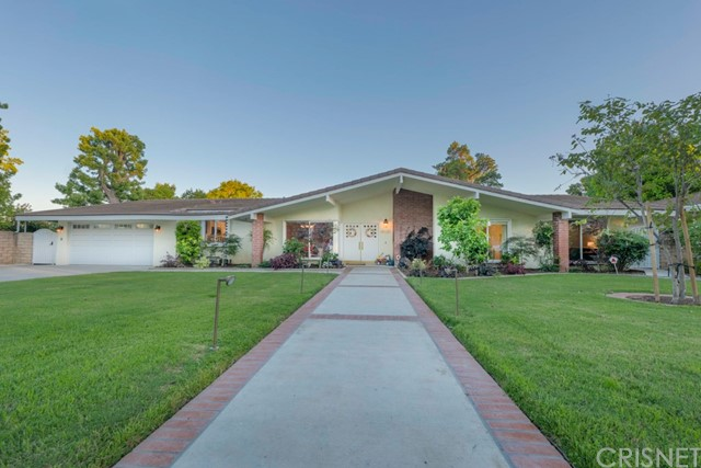 Photo of 19030 Labrador Street, Northridge, CA 91324