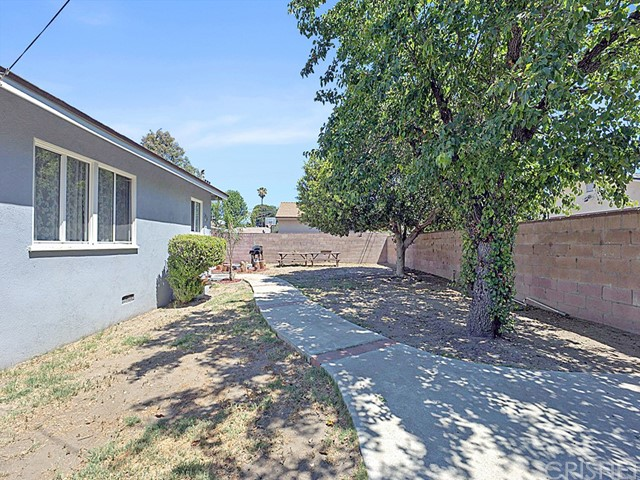 31. 7964 Sunnybrae Avenue Winnetka, CA 91306