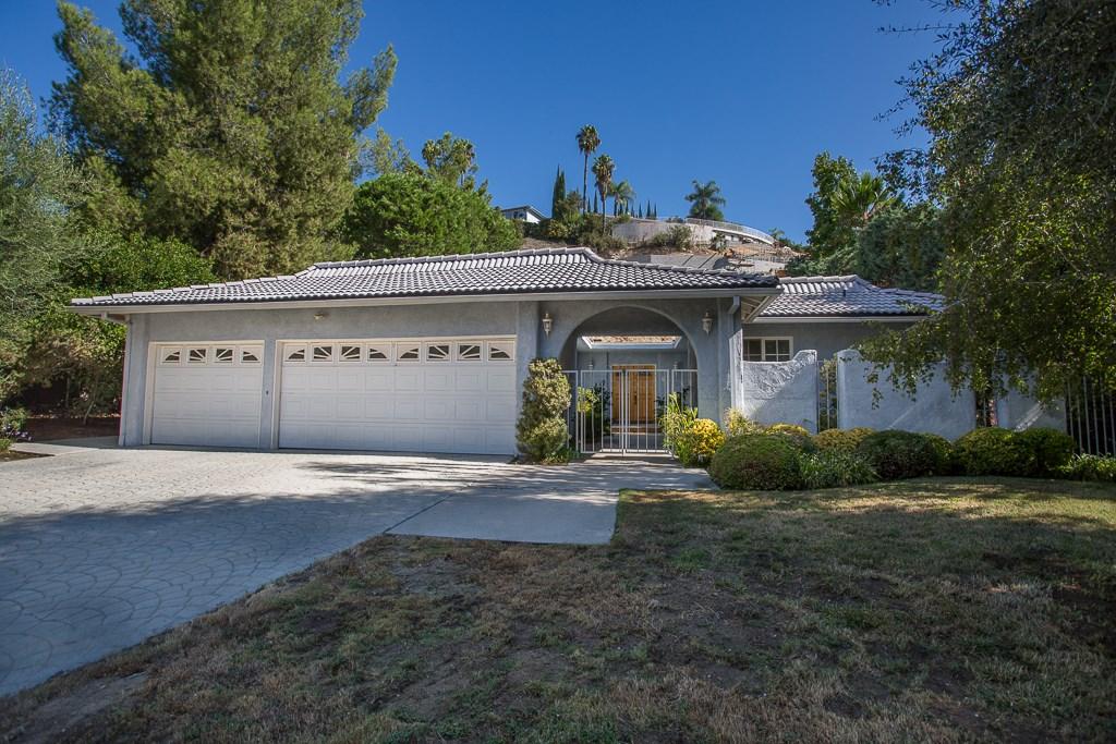 19605 Rosita Street, Tarzana, CA 91356