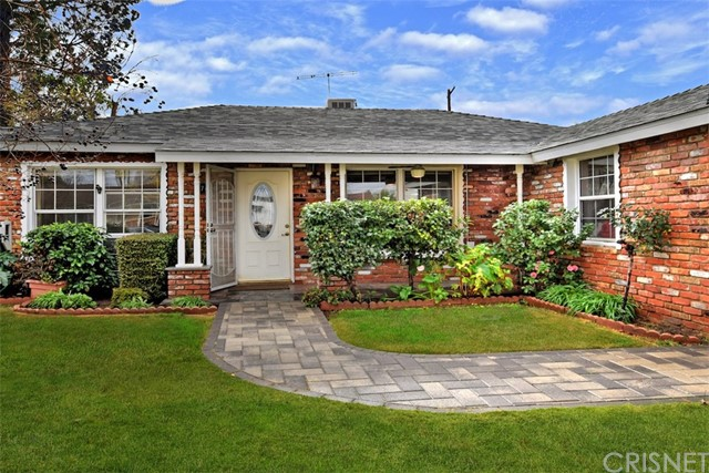 17456 Covello Street, Lake Balboa, CA 91406