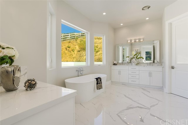 31. 208 Bell Canyon Road Bell Canyon, CA 91307