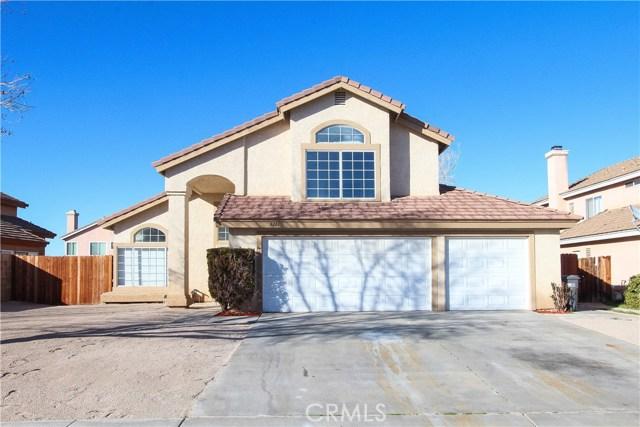 3261 Rollingridge Avenue, Palmdale, CA 93550