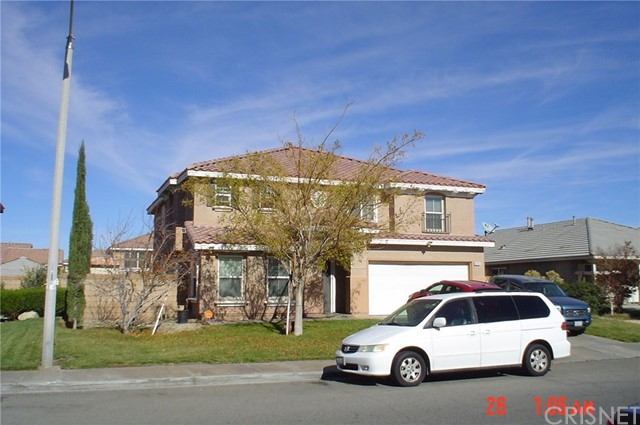 6235 Viking Way E, Palmdale, CA 93552