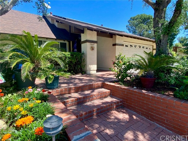 18939 Nadal Street, Canyon Country, CA 91351