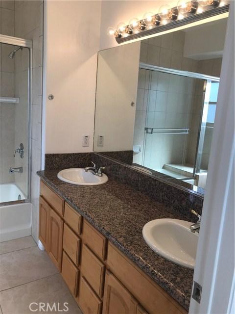 448 S Oak Knoll Av, Pasadena, CA 91101 Photo 18
