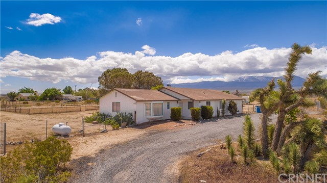 36124 165th Street E, Llano, CA 93544