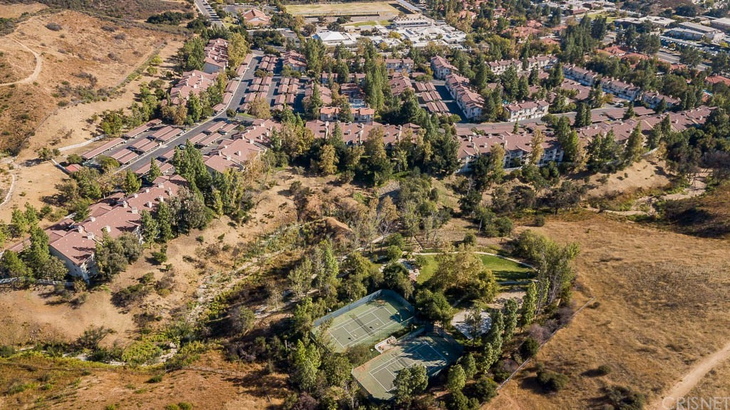 Photo of 697 SUTTON CREST #312, Oak Park, CA 91377