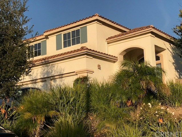 23714 Oakhurst Drive, Newhall, CA 91321