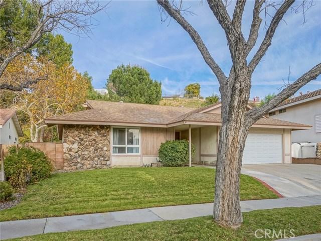 22219 Barbacoa Drive, Saugus, CA 91350
