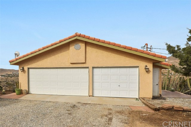 32615 Calle Del Roja, Acton, CA 93510 Photo 3