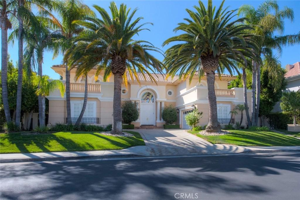 Photo of 3743 WINFORD Drive, Tarzana, CA 91356