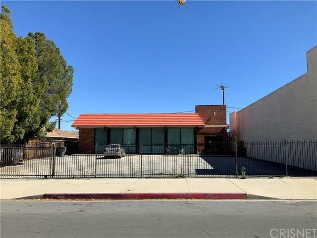 27016 Langside Avenue, Canyon Country, CA 91351