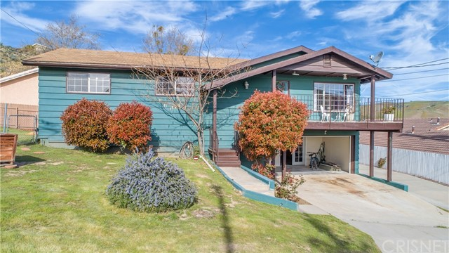 42825 Montello Drive, Lake Elizabeth, CA 93532