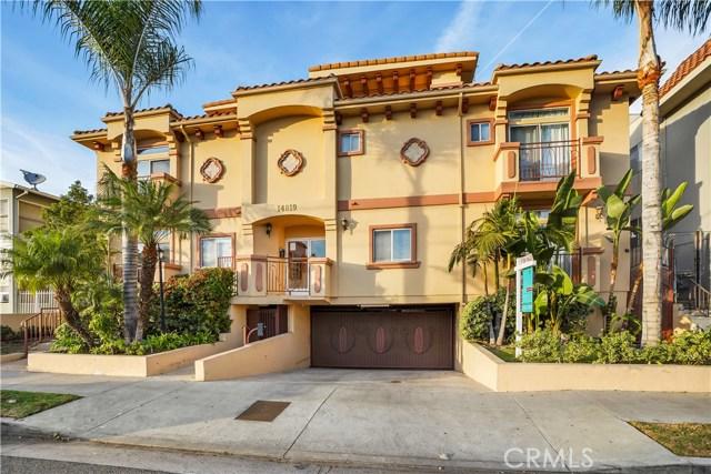 14819 Magnolia Boulevard 14, Sherman Oaks, CA 91403