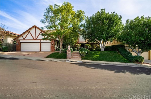 Photo of 5970 Woodland View Drive, Woodland Hills, CA 91367
