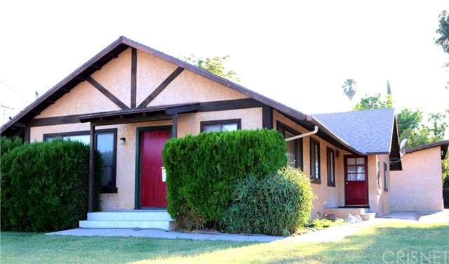 7539 Vanalden Avenue, Reseda, CA 91335