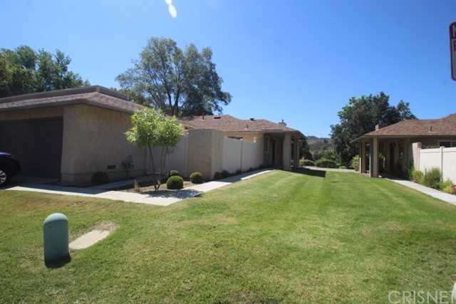 20020 Avenue Of The Oaks, Newhall, CA 91321