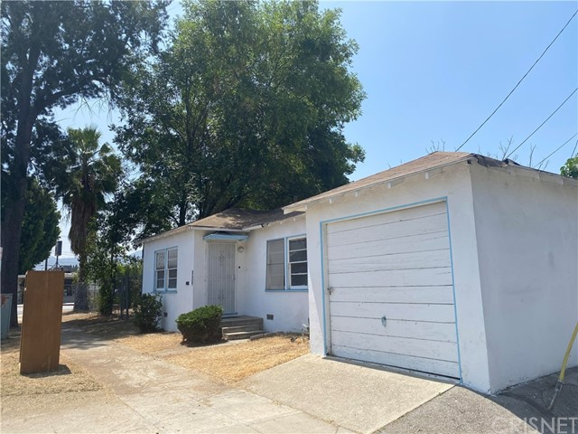 505 N Griffith Park Drive, Burbank, CA 91506