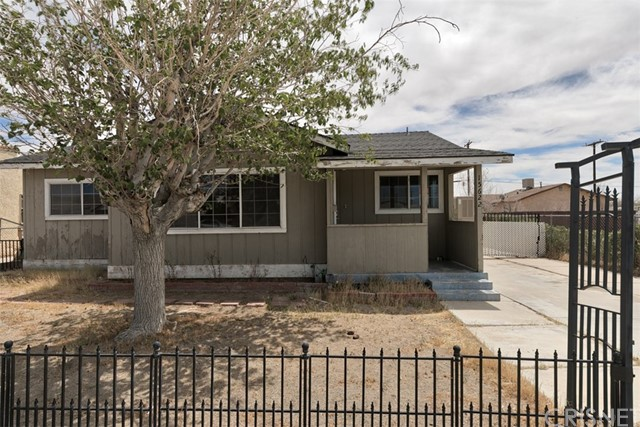 15622 L Street, Mojave, CA 93501