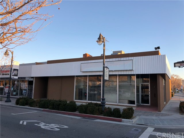 826 W Lancaster Boulevard, Lancaster, CA 93534