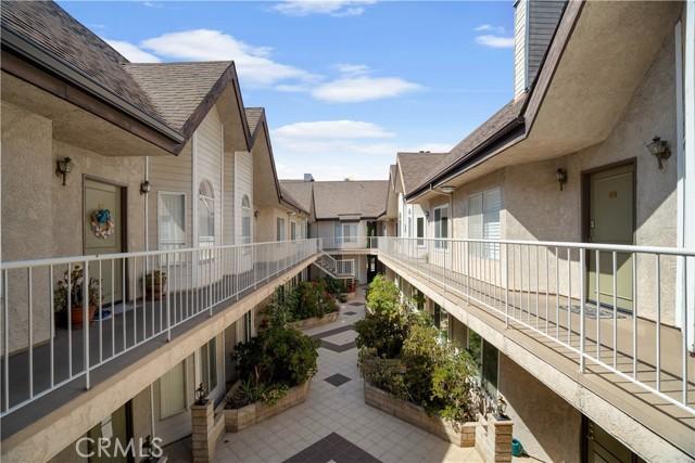 33. 14937 Dickens Street #203 Sherman Oaks, CA 91403