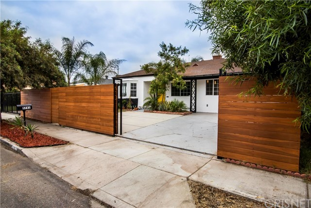 5741 Ensign Avenue, North Hollywood, CA 91601