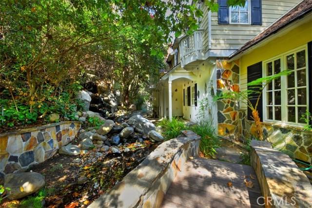12985 Galewood Street, Studio City, CA 91604