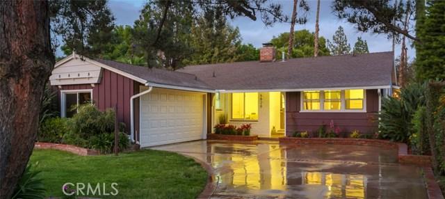 6828 Encino Avenue, Lake Balboa, CA 91406