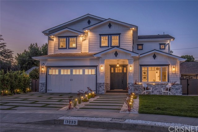 13233 McCormick Street, Sherman Oaks, CA 91401