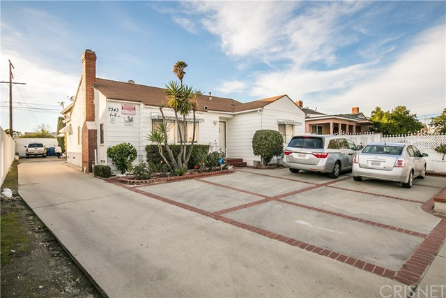7343 Tujunga Avenue, North Hollywood, CA 91605