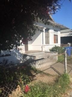 Photo of 443 E Vernon Avenue, Los Angeles, CA 90011