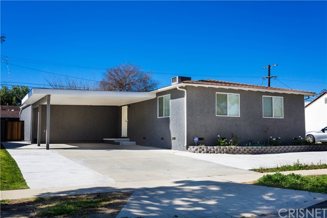 8413 Costello Avenue, Panorama City, CA 91402