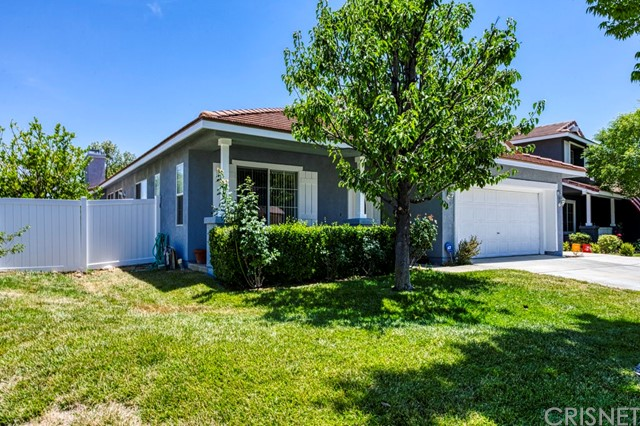3. 32836 Ridge Top Lane Castaic, CA 91384