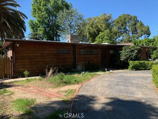 5915 Corbin Avenue, Tarzana, CA 91356