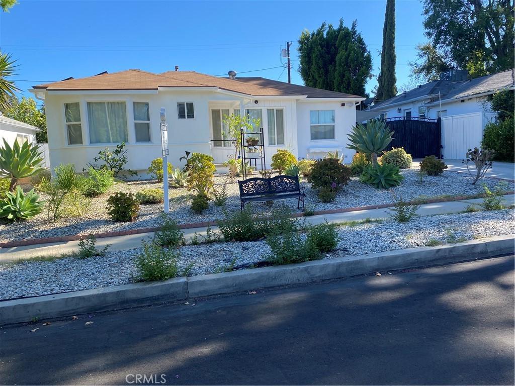 16816     Halper Street, Encino CA 91436