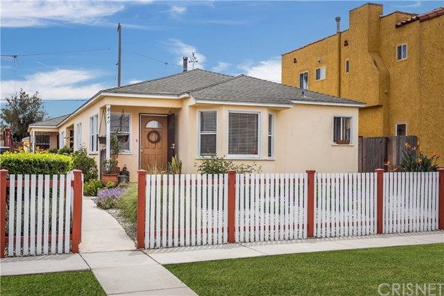 740 Flower Avenue, Venice, CA 90291