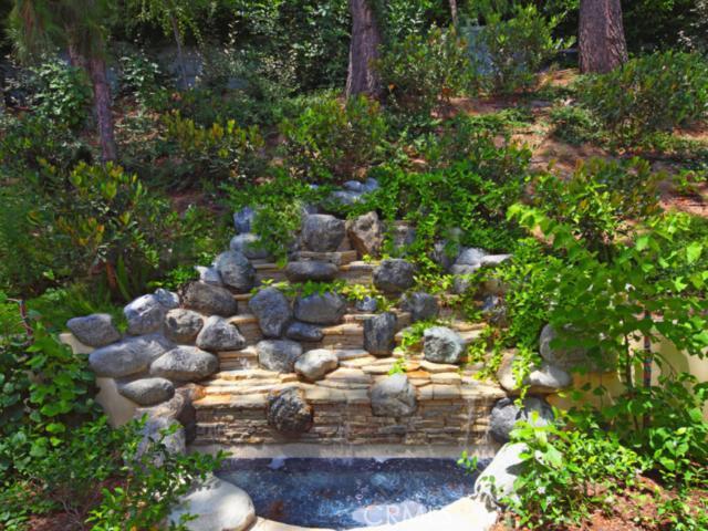 5697 HOBACK GLEN Road Hidden Hills, CA 91302