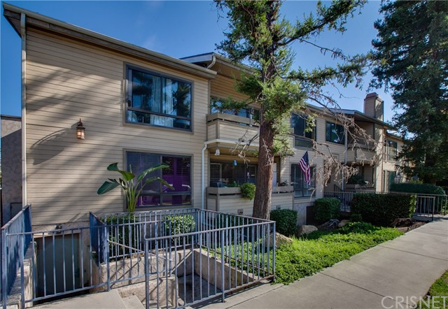 4500 Whitsett Avenue 3, Studio City, CA 91604