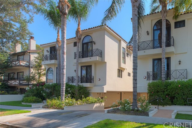 4332 Gentry Avenue 3, Studio City, CA 91604