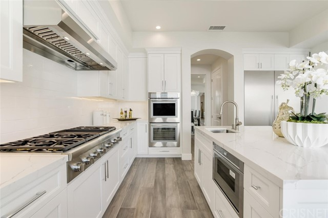 15. 208 Bell Canyon Road Bell Canyon, CA 91307