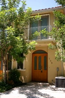 216 N Buena Vista Street 103, Burbank, CA 91505