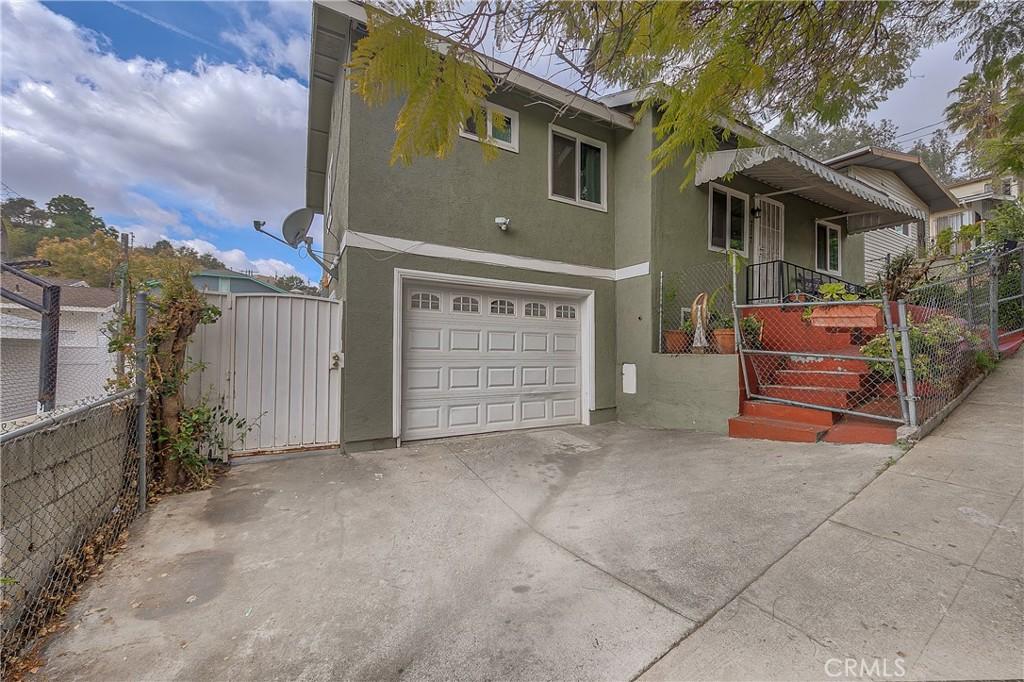 717     Onarga Avenue, Los Angeles CA 90042