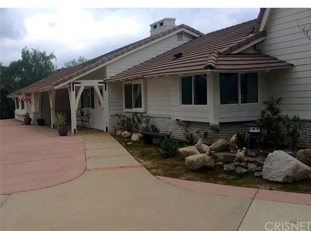 10434 Calling Road, Agua Dulce, CA 91390